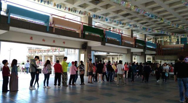 台湾選挙投票風景.jpg