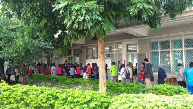 台湾選挙投票風景2.jpg